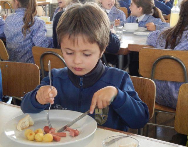 Almuerzo Kinder