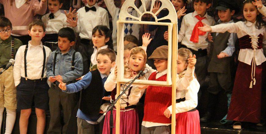 Presentación Taller Teatro Musical 2B y 2D