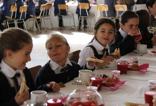 Misa y desayuno Primera Comunión